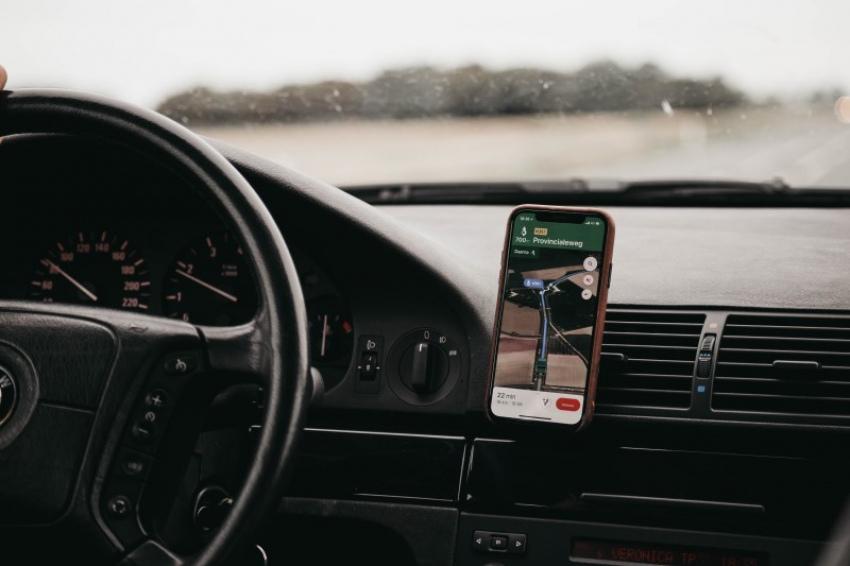 Navigeren met de mobiele telefoon. Handig!